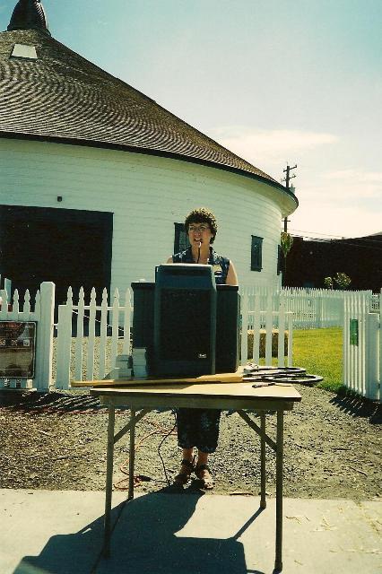 Carol Dean, President West End N. Assoc. at 2000 opening