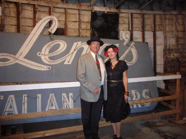 Inside next to Lena\'s sign- Full moon Tour 2008