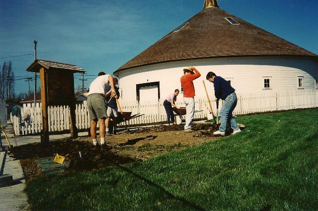 Neighbors plant rose garden in 2000