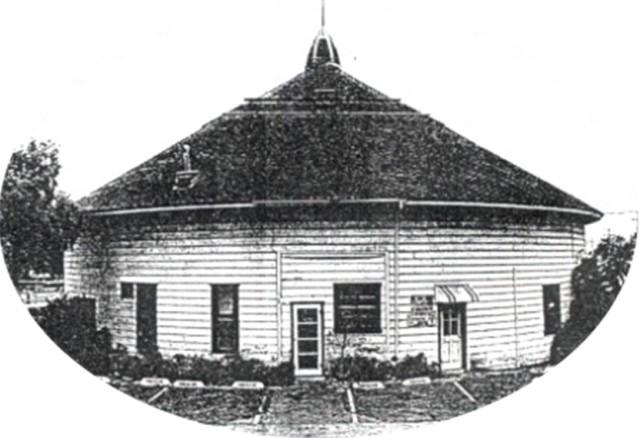 round-barn