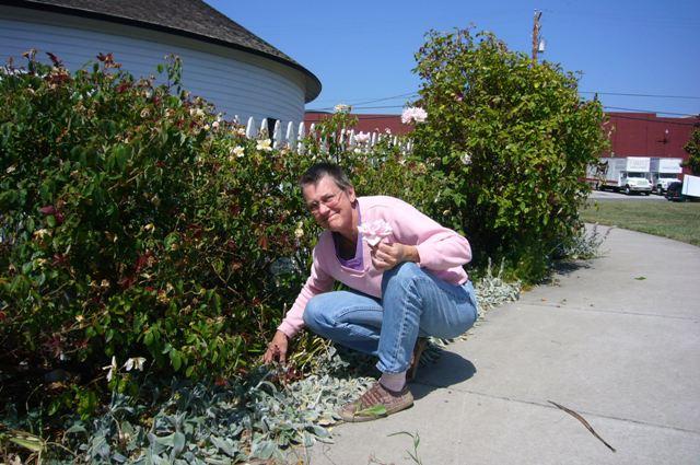 Gina holds a Becker St. Rose