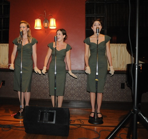 The wonderful Fondettes By B. Rosales