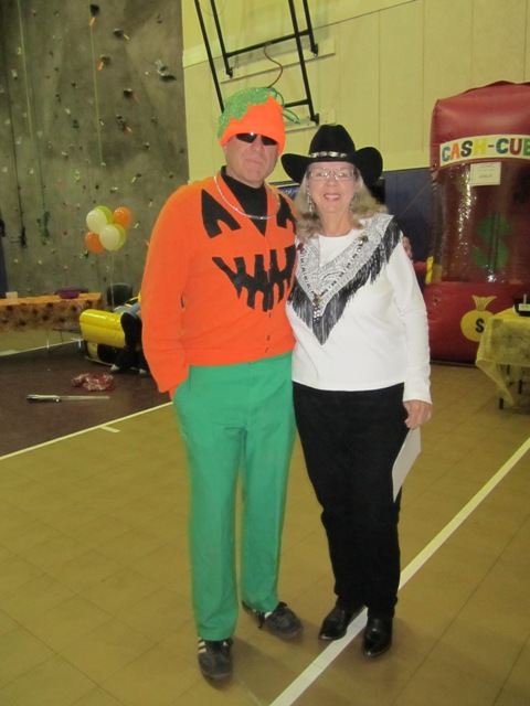 Allen & Marge were on hand to help at the carnival