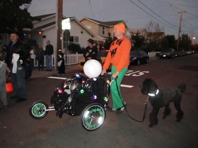 "The \""Eyeball Machine\"" was Cruella and Pookie\'s ride"