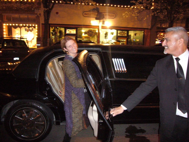 Betsy Hall leaves the event in Style