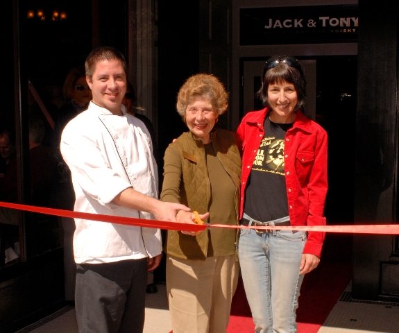 Jack & Tony\'s ribbon cutting