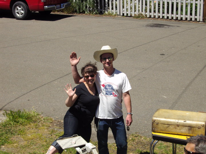 Katie & Justin lovin the West End Yard sale photo by Maggie O'Brien