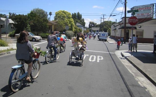 8-bike-paradewb