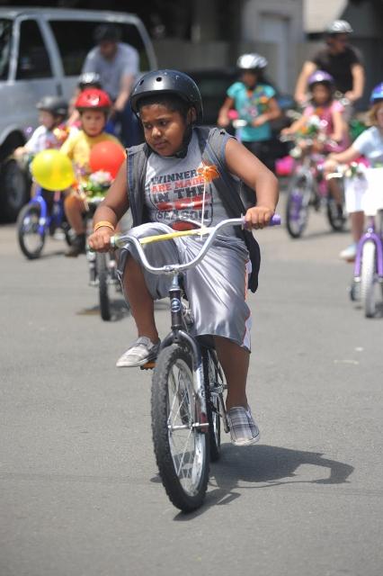 bbq-bike-parade-2011-046-426x640