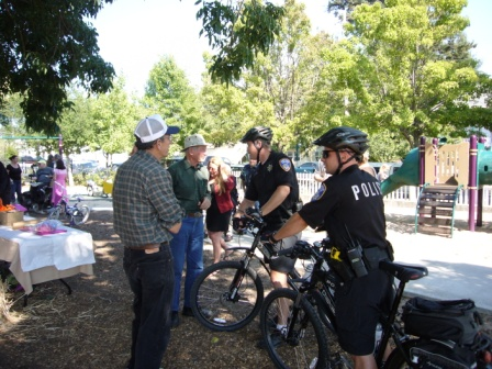 Bob & Lou Bertolini discuss crime with Bike Patrol