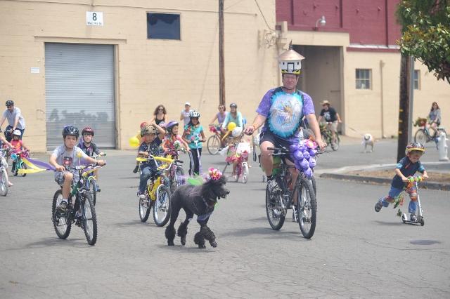 W. E. Bike Parade & BBQ photos, Train